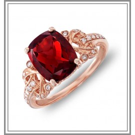 Cushion Garnet Diamond Ring in 18kt Rose Gold